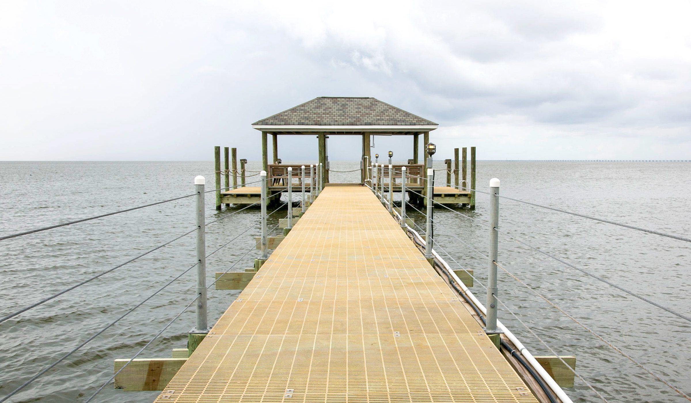 custom pier builder and pile driving